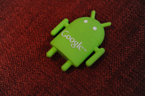 флешка в стиле Google Androide