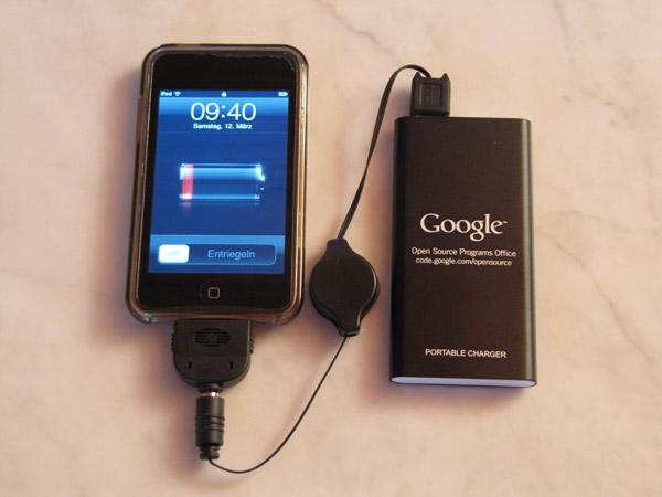 Портативное зарядное устройство от Google для телефона