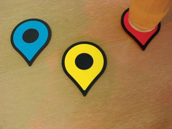 Подставки для стаканов и кружек в стиле Google Maps