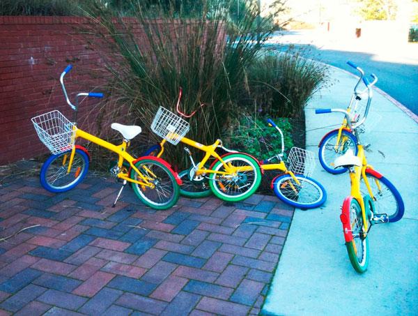 Велосипеды раскрашенные в стиле Google