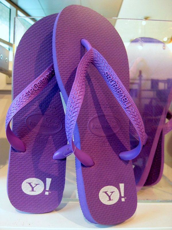 Сланцы. тапочки в стиле Yahoo