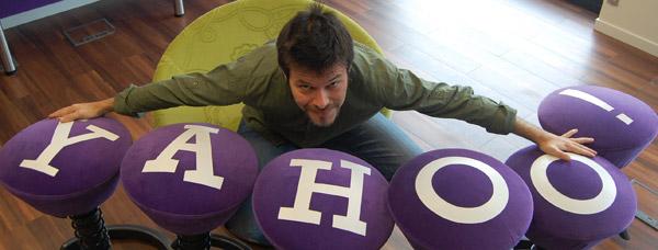 Стулья, табуретки выполненные в стиле Yahoo