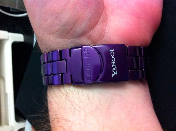 Часы в стиле Yahoo